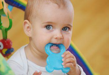 primeiros dentes do bebe clínica benatti odontologia
